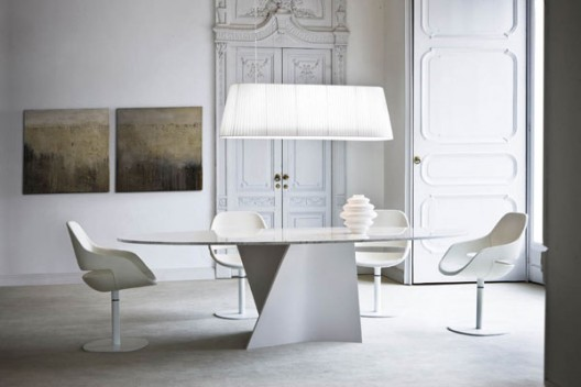 Beautiful White Carrera Marble Dining Table 528 x 352 · 31 kB · jpeg