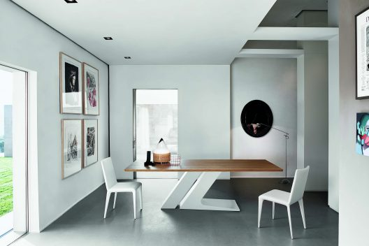 Filly dining chair by Bonaldo