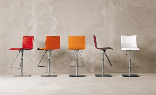 Toto stool by Cattelan Italia